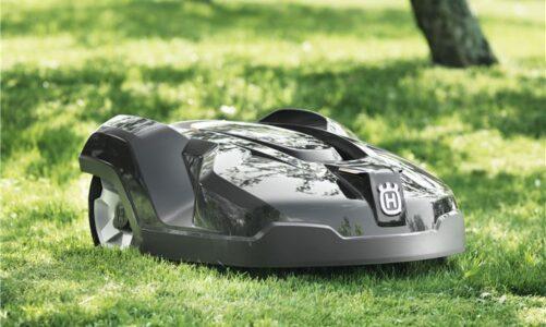 Vijf tips bij de aankoop van een autonome grasmaairobot